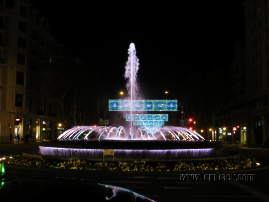 fountain at Gran Via Barcelona