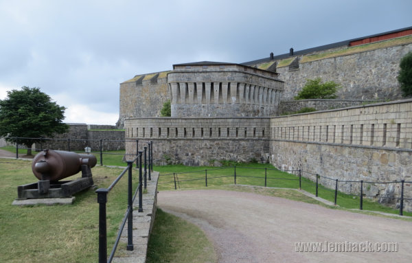 Guided Tour Through Carlsten Fortress