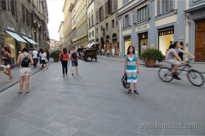 Shopping street - Florence